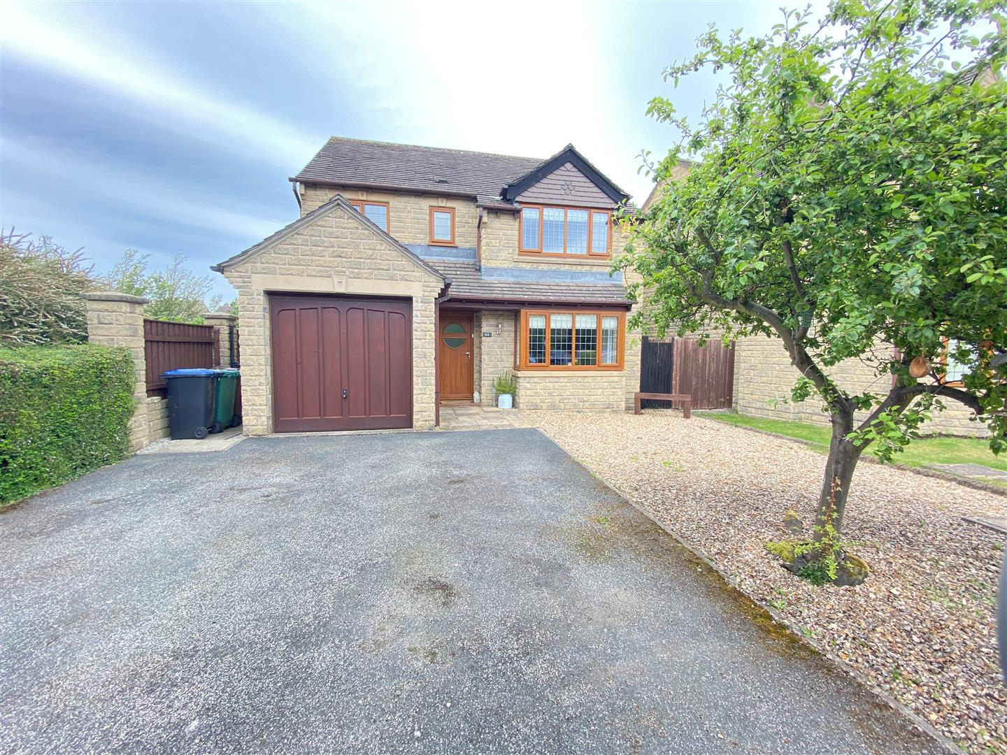 Greystone Close, Burley In Wharfedale, LS29 7RS